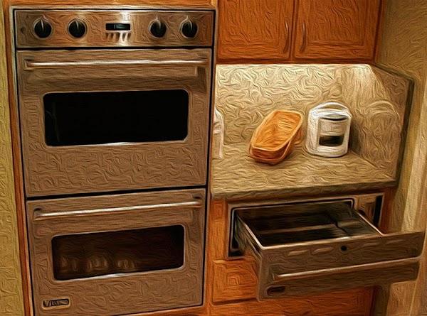 Preheat oven to 350f (175c).