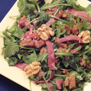 Arugula, Figs and Prosciutto Salad with Walnut Dressing- 324 calories