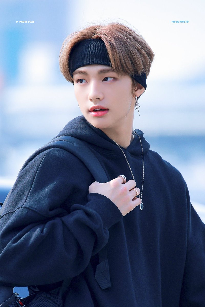 stray kids hyunjin