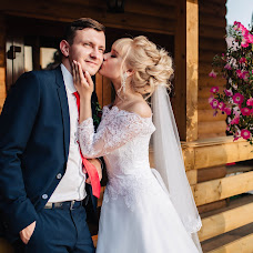 Wedding photographer Artem Semenov (ArtemSemenov). Photo of 15.09.2017