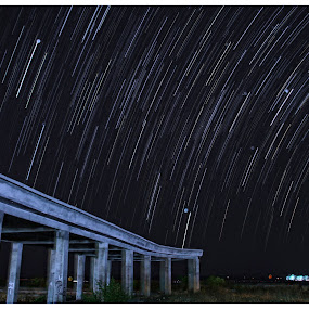 star trail by B'yOu Ode - Landscapes Starscapes