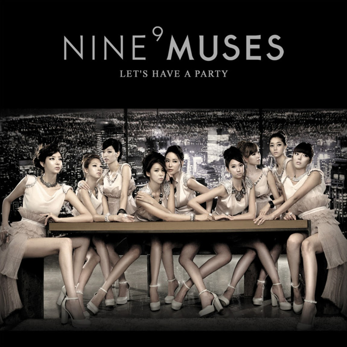 9muses lots of legs