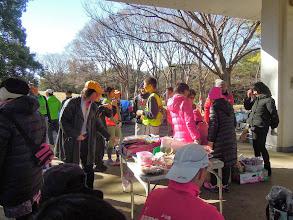 Photo: 今日は200名以上の参加ですが、暖かい日差しが気持ち良い