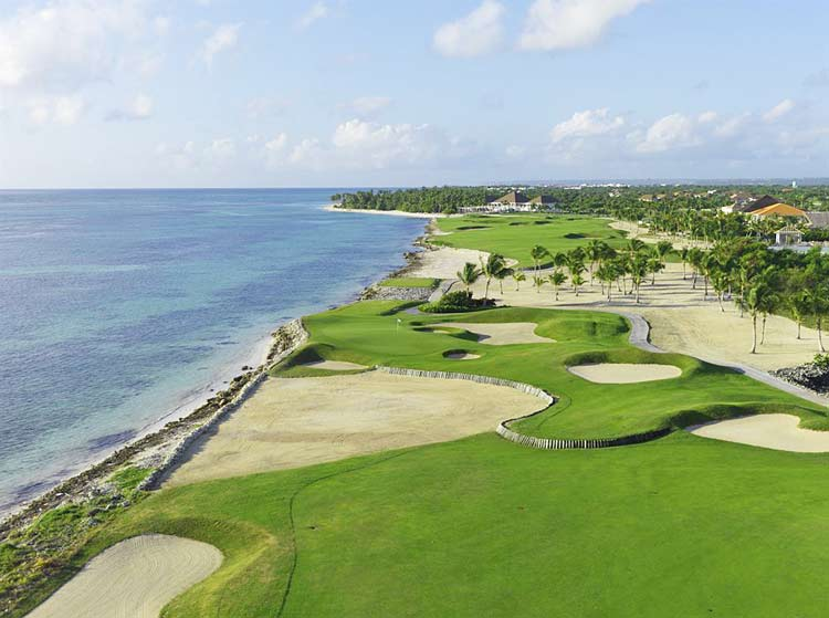 Located directly on the Caribbean, the 27-hole course features 14 holes with ocean views.