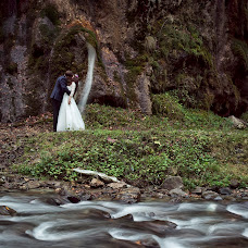 Wedding photographer Razvan Velev (artheart). Photo of 30.11.2014