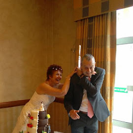 by Anthony Hutchinson - Wedding Bride & Groom (  )
