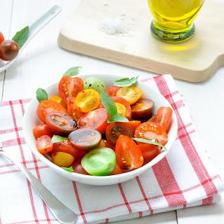 Simple Tomato Medley Salad