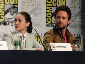 Photo: Saturday (Dana) - Shameless panel; Emmy Rossum and Justin Chatwin
