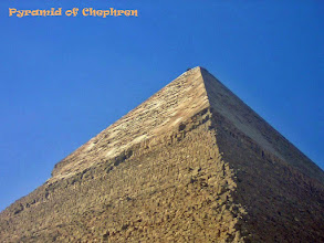 Photo: Top van de Piramide van Chefren