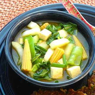 Bok Choy, Tofu, and Baby Corn Soup Recipe