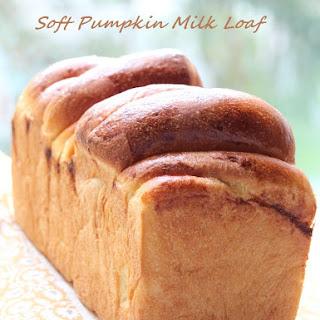 Soft Pumpkin Milk Loaf (超軟南瓜鮮奶吐司)