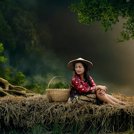 Farmer by Muhamad Lazim - People Fashion ( village, dramatic, women )