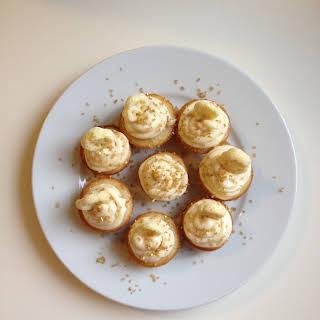Honey + Vanilla Cupcakes.