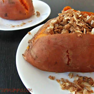Sweet Potato with crunchy oat topping – #glutenfree #vegan.