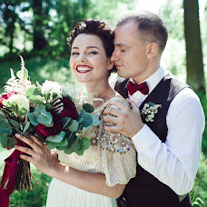 Wedding photographer Sergey Narevskikh (narevskih). Photo of 17.11.2014