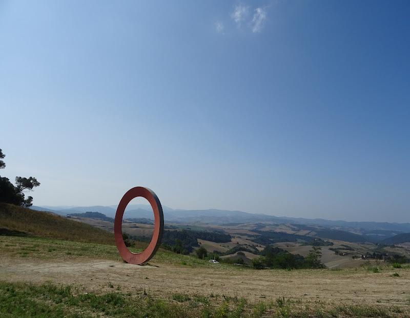 un portale abbandonato di ele_betta