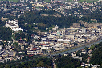 Photo: Blick vom Gaisberg 1288m, auf Salzburg Links Mitte, Festung Hohensalzburg (Fortress Hohensalzburg). Bild Mitte der Dom zu Salzburg, der Fluss, ist die Salzach.  PENTAX K-7, ISO 800  1/200 Sek. f/ 8.0 150 mm Datum und Uhrzeit (Original)2011:09:01 08:06:45