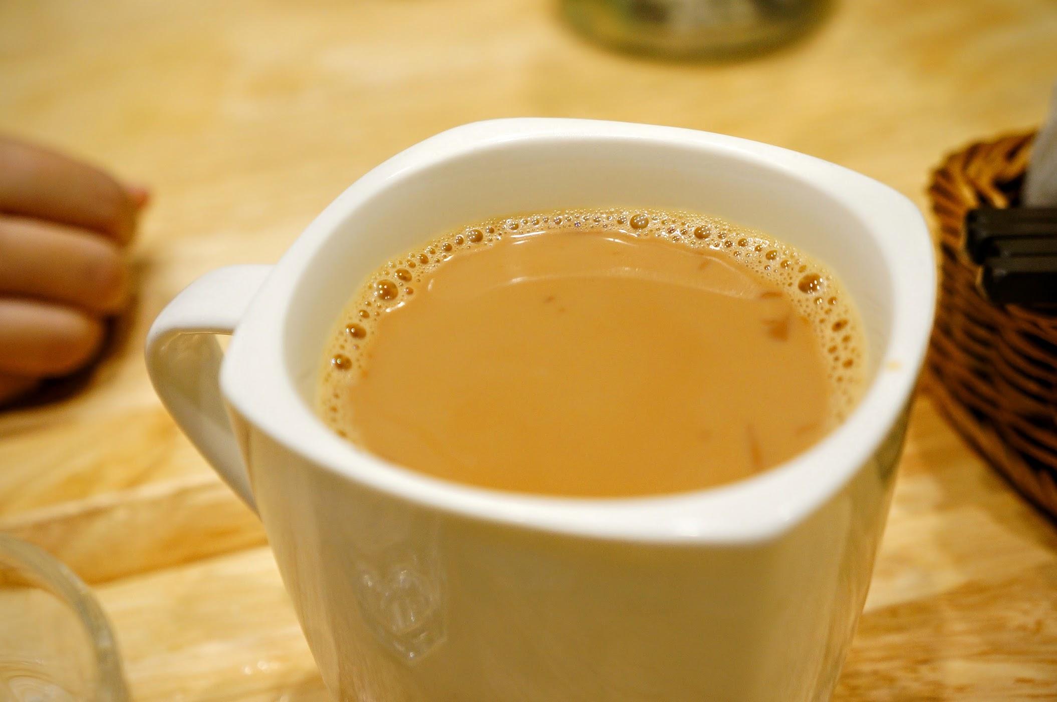 原味鮮奶茶,奶味頗重的
