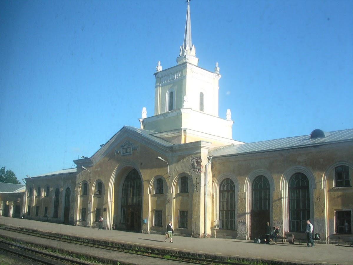 Станция ДНО. Ранее утро. Июль 2007
