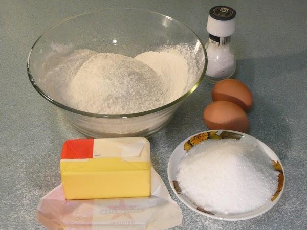 Add eggs, coffee, buttermilk, oil, and vanilla.
