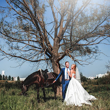 Wedding photographer Valentin Zhukov (Jukov). Photo of 04.01.2016