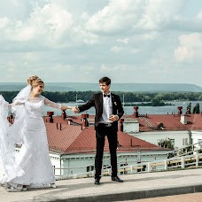Wedding photographer Aleksandra Lobashova (Lobashovafoto). Photo of 19.01.2018