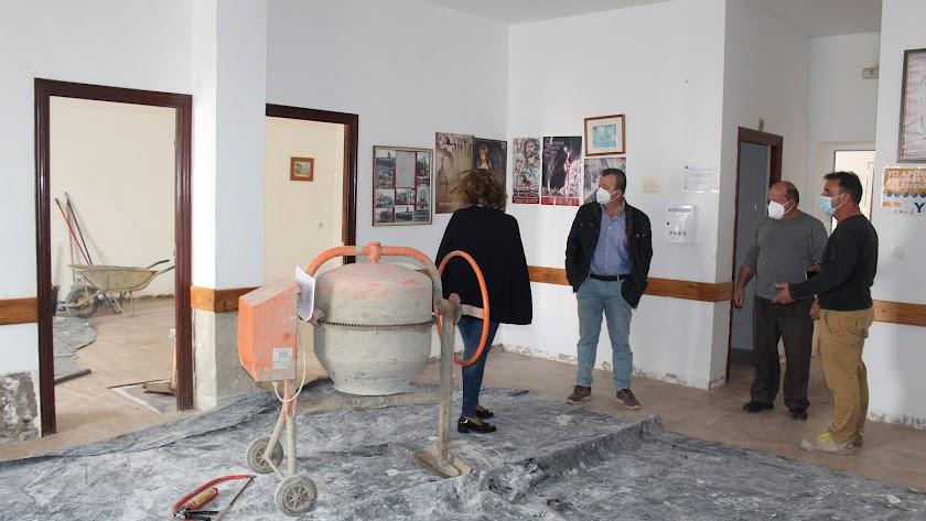 Visita a las obras del Centro Social Pozo de la Higuera.
