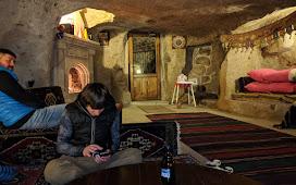 В пещерном отеле