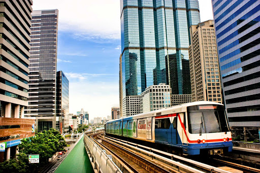 Bangkok2.jpg - Getting around downtown Bangkok by rapid transit is easy.