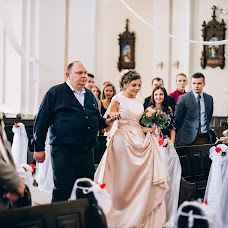 Wedding photographer Aleksandra Savich (keepers1). Photo of 19.10.2017