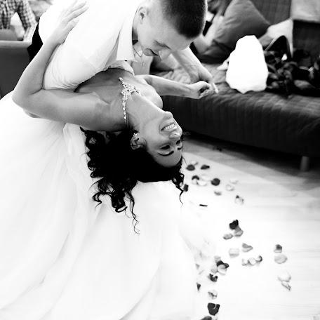 Wedding photographer Dmitriy Bastet (DeBastet). Photo of 11.07.2016