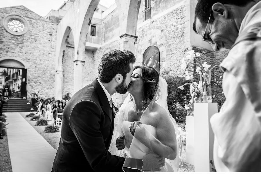 Wedding photographer Antonio Bonifacio (MommStudio). Photo of 04.12.2018