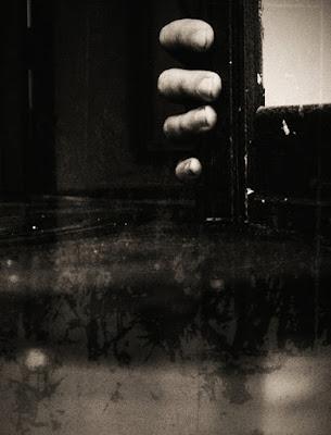 Opaque barriers between us di agtpunk