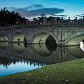 Bridge at dusk by Chester Chen - Buildings & Architecture Bridges & Suspended Structures