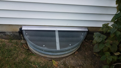 Glen Ellyn, IL HandyManny Custom Window Well Covers