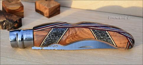 Photo: Opinel custom n°128 http://opinel-passions-bois.blogspot.fr/ Personnalisations en marquèterie de bois précieux, cornes, résines et aluminium du couteau pliant de poche de la célèbre marque Savoyarde Opinel.