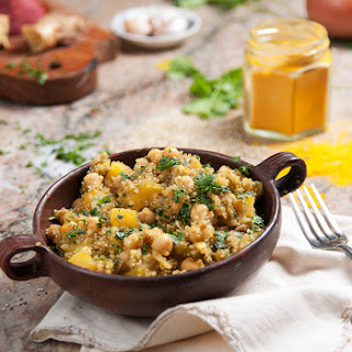Quinoa Tagine With Chickpeas, Sweet Potato & Olives.