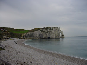 Photo: Moving along, we are now in Etretat, famous for its towering limestone cliffs.