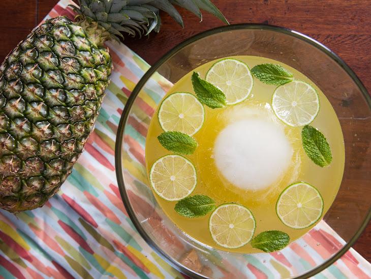 Isla Bonita Punch (Sparkling Pineapple-Rum Punch) Recipe