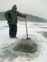 Photo: 2012.02.04.-én a jég 17 cm volt, ez a spicc előtt 70 méterre van.