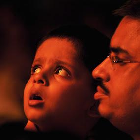 Wondering eyes by Alokemoy Basu - Babies & Children Child Portraits ( child )