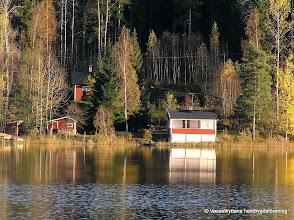 Photo: Sommarstugor vid Mässingviken i Sörsjön