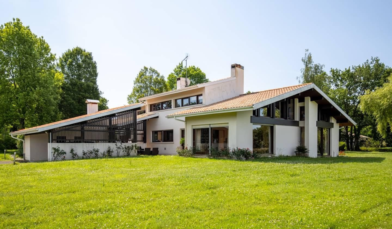 Villa avec piscine et terrasse Heugas
