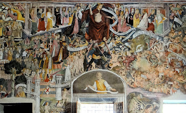 Photo: ... while an enormous Last Judgment covers the back wall.
