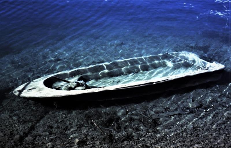 La barca affondata di paolo-spagg