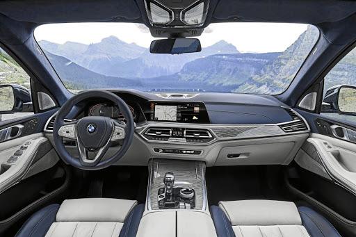 Bmw S New Dimension In Luxury X7