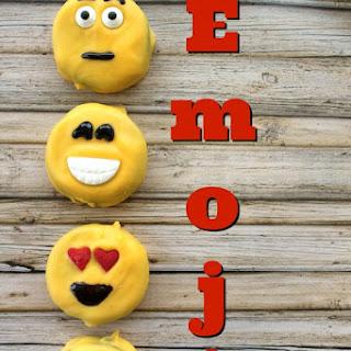Emoji Oreos.