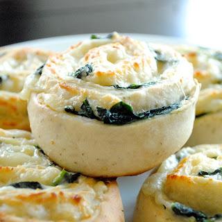 Spinach & Mozzarella Pinwheels