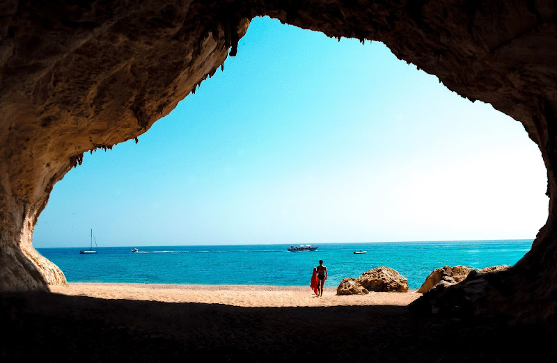 Cala Luna Cave di ChiarArts