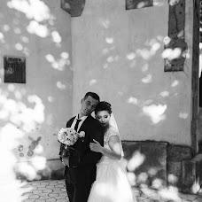 Wedding photographer Oleg Yarovka (uleh). Photo of 04.11.2017